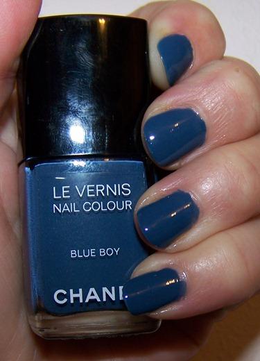 Les Jeans De Chanel Swatch
