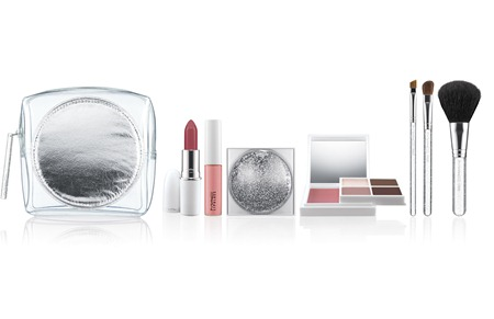 MAC Holiday 2011 IceParade-FabulouslyFestiveFaceKit-Wintercool