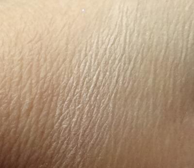 MAC Chenman Beauty Powder Swatch