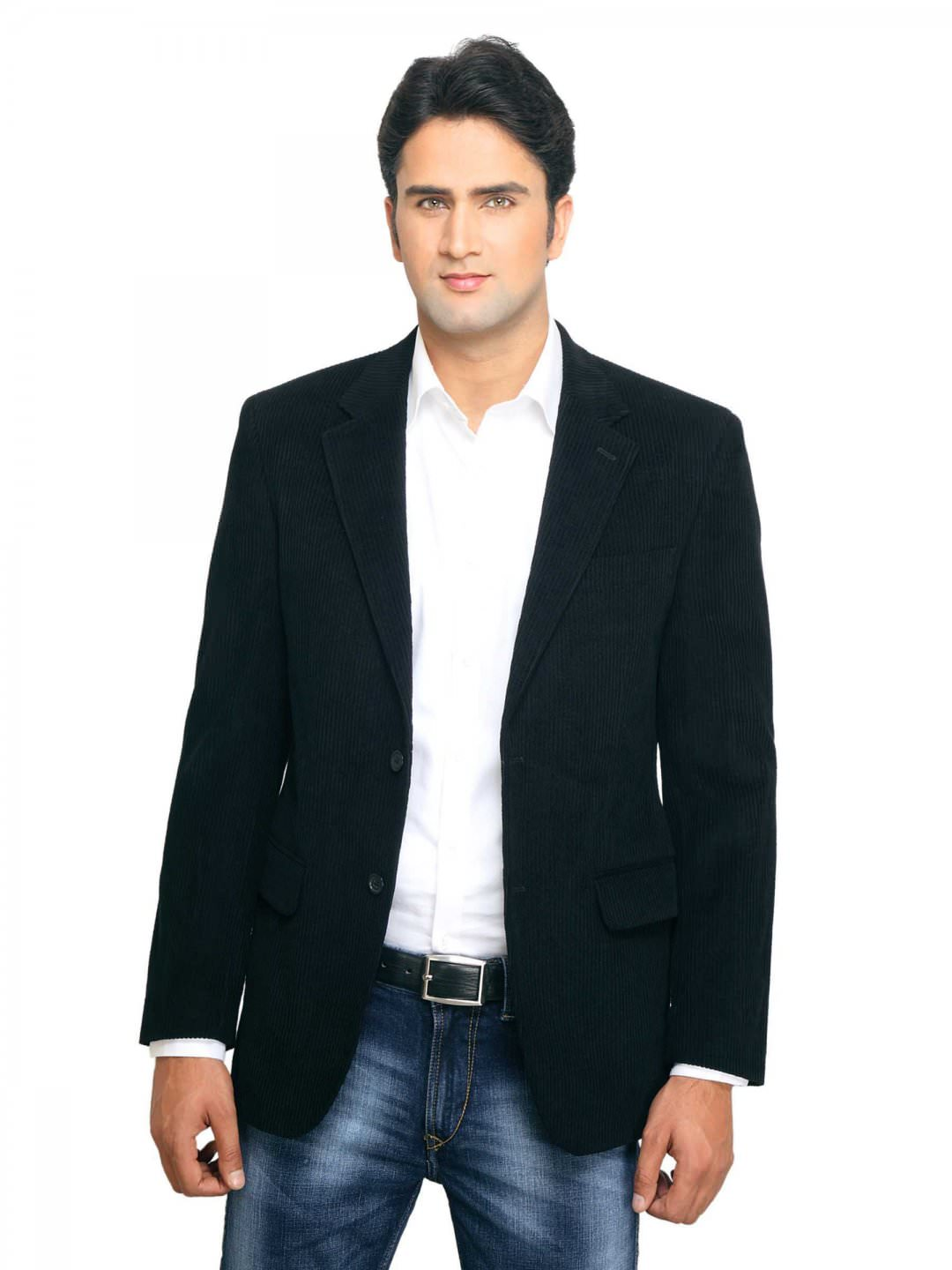 """Semi formal, as the name implies, is slightly more relaxed – think a dark suit and a tie, or anything you'd refer to as """"cocktail"""" dress. Men's Formal Attire Tom Ford."""