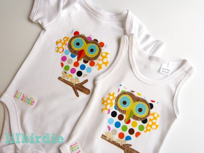 baby clothes with owls on them