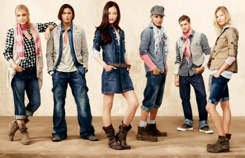 gap-clothing-58509 Clothing Brands for Teenagers-Top 10 Teens Fashion Brands