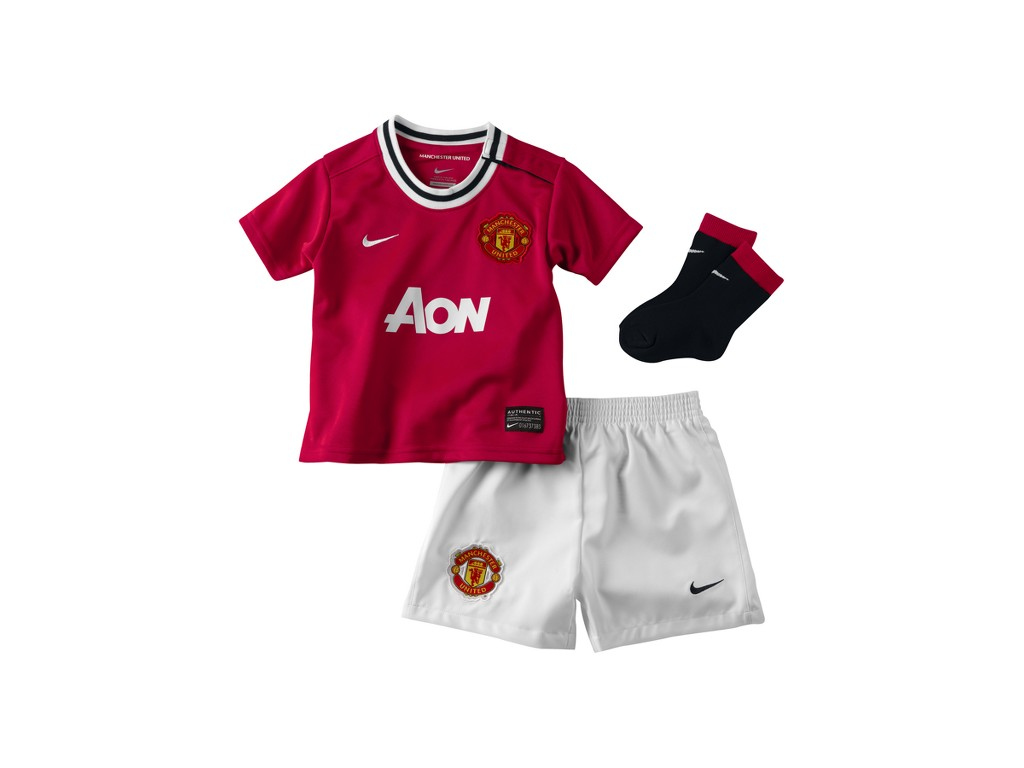 6b98d564b Manchester United Baby Clothes
