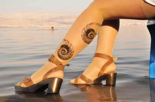 Seashell-Tattoo-On-Foot-500x330