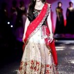 Madhuri Become Anju Modi's Devi at PCJ Delhi Couture Week