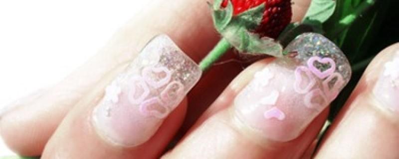 5 Valentines Day Nail Polish Ideas