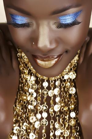 blue eyeshadow look on black skin