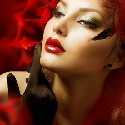 red lipstick look