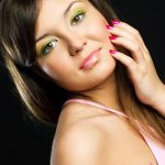4 Brilliant Looks Using Bright Eye Shadows