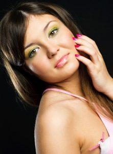 How To Create Three Classic Makeup Looks