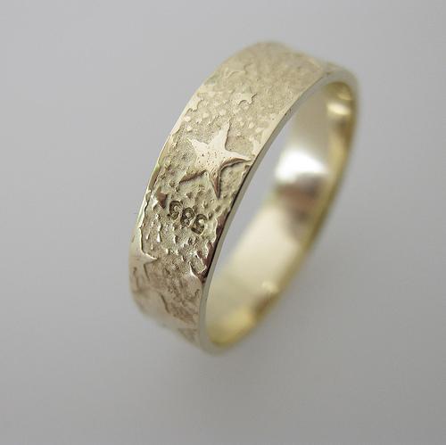 rose gold stamped ring