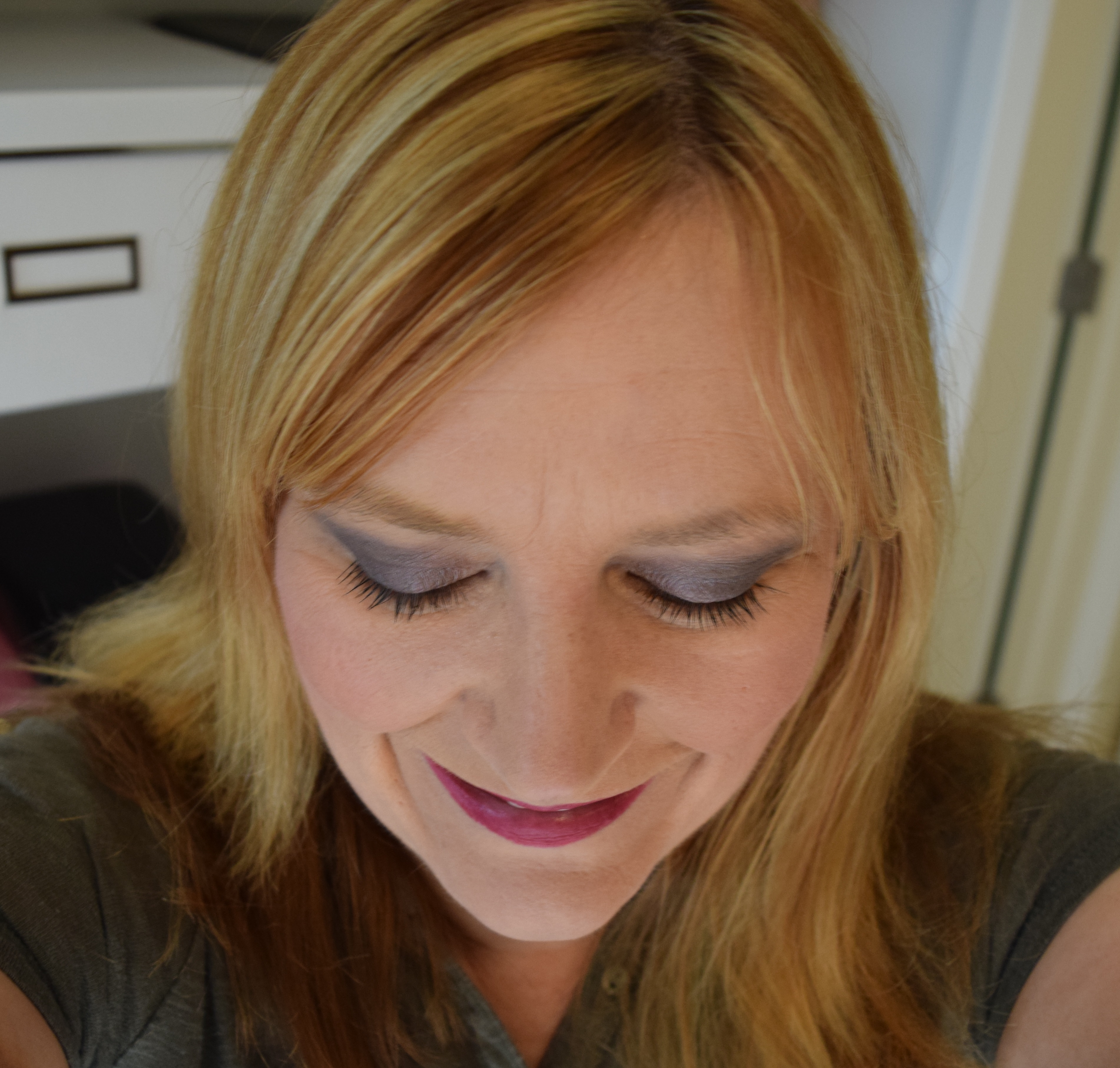 Colour pop taupe shadow look Party Time