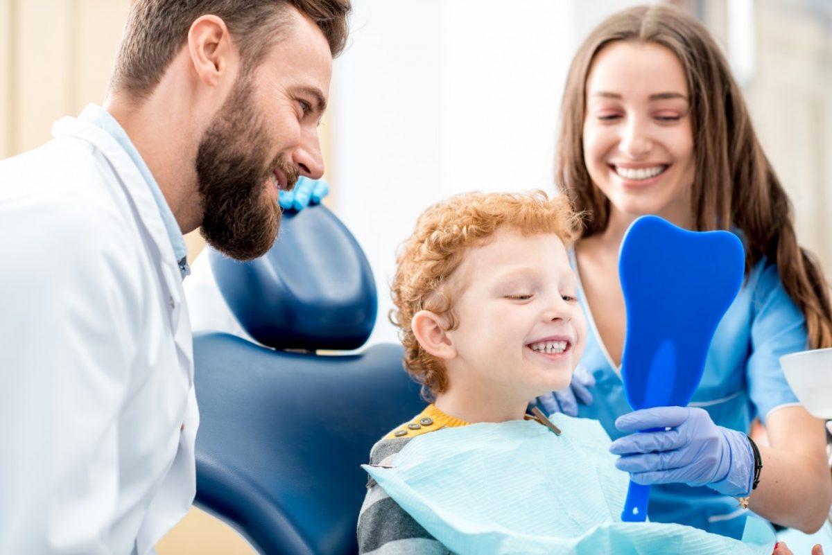 child afraid of dentist